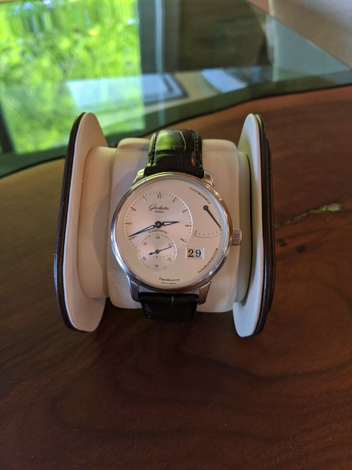 Glashutte Original PanoReserve Manual Wind with Date 40mm  - watch picture 1