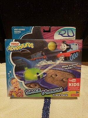 Thomas the Train Adventures Space Mission Track Pack New and Factory Sealed