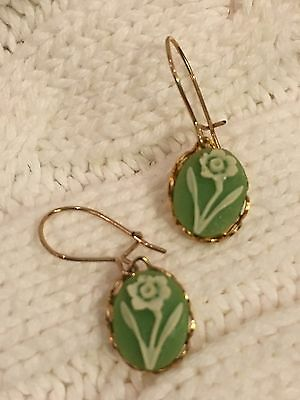 Vintage Earrings Wires Small Green Flower Gold Tone Costume Jewelry