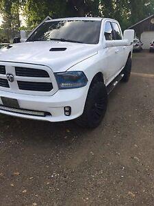 2015 Dodge Ram sport 1500 4x4