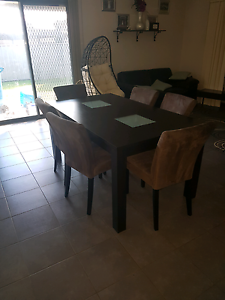 7pc dining table and brown chairs Junction Village Casey Area Preview