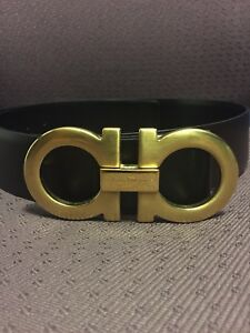 MINT REAL Salvatore Ferragamo Belt Gold