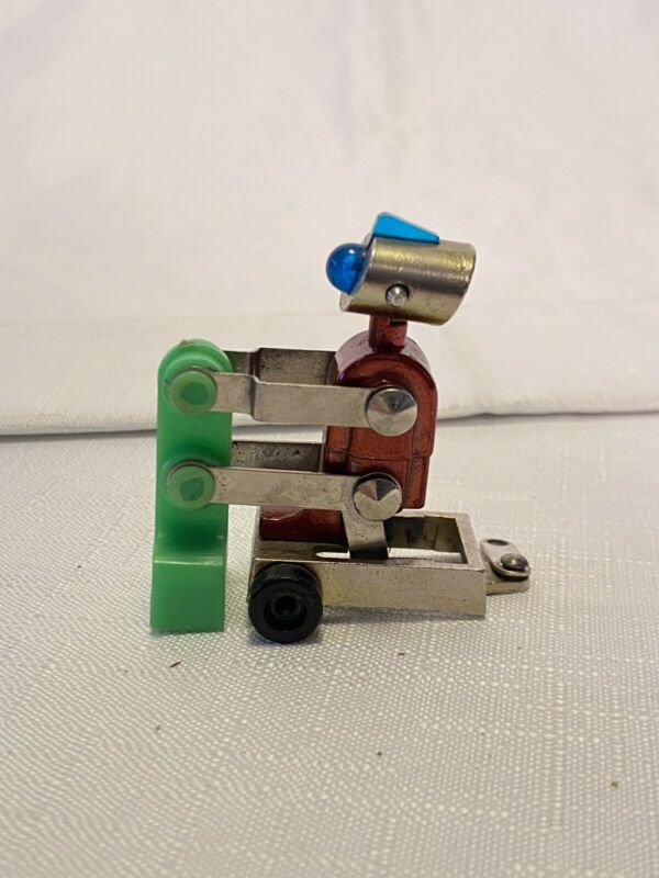 SUPER RARE KENNER 1971 Here Come The MICROBOTS 'KRUSHOR' DIECAST ROBOT Toy