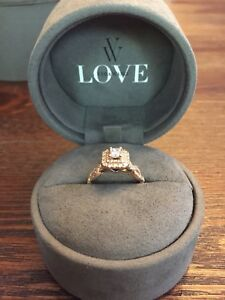 1.0 Carat tw Vera Wang rose gold Engagement Ring for sale!