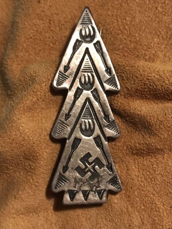 Vintage Navajo Silver Whirling Log Triple Arrowhead Pin