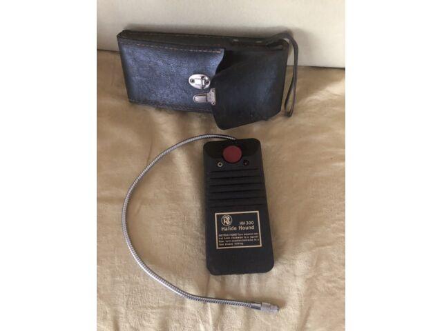 Ricca-Reddington Halide Hound HH300 Hvac Leak Detector With Case