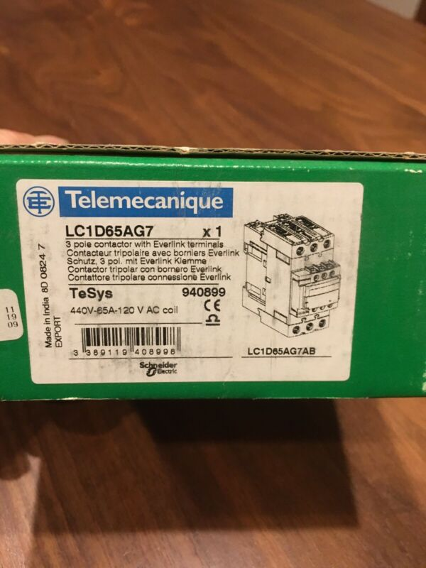 Schneider Electric LC1D65AG7 3 Pole Contactor w/Everlink Terminals