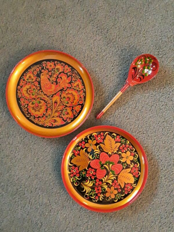 Russian Khokhloma (2) Lacquer Plates 7 7/8 ins ~ Strawberries Bird w Spoon