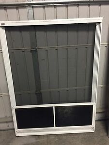 Weather wall patio enclosure