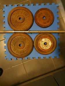 Weight plates(35kg) and barbell