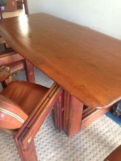 Post and rail dining table and chairs Miami Gold Coast South Preview