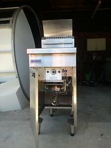 WALDORF FN8120G Gas Deep Fryer - Commercial USED Rouse Hill The Hills District Preview