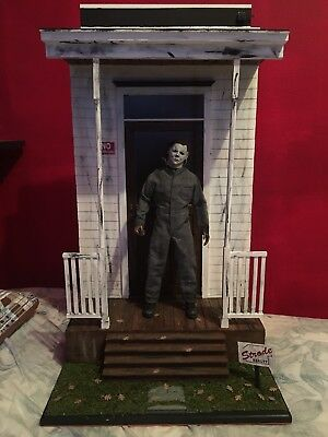 made By Comission is a 1/6 Halloween Michael Myers House/front Porch Diorama