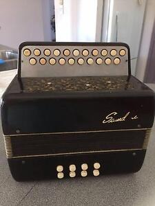 Button Accordion Elanora Gold Coast South Preview