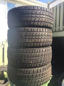 p265/50/20 inch Studded Winter Tires / LOTS OF TREAD