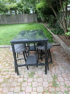 Glass lawn table and chairs for sale