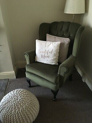 Pre-owned Wingback Button Armchair, Ball Feet Good Condition