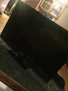 "Insignia 28"" TV for Sale!"