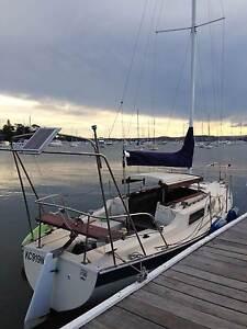 Adventure 7 Fibreglass Yacht - Fixed keel GRP Sailboat Belmont Lake Macquarie Area Preview