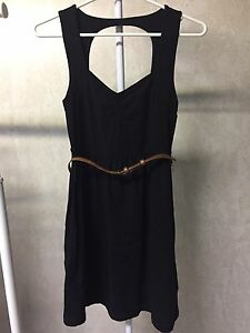 Forever 21 Sweetheart Neckline Dress w/ Belt