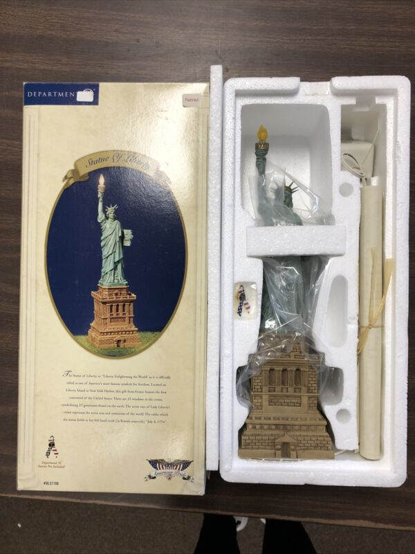 Dept 56 STATUE OF LIBERTY American Pride Collection w/ Scroll and Patriot Pin