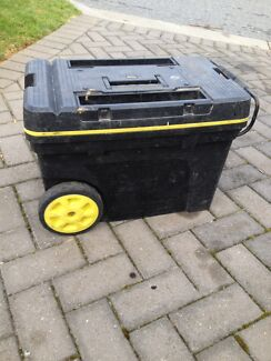 Stanley Fat Max wheeled tool box
