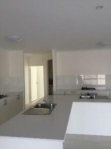 Room 10 mins walk to Smithfield shopping center Smithfield Cairns City Preview
