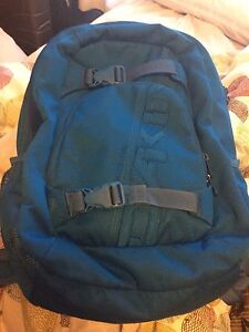 Like new Dakine backpack - blue