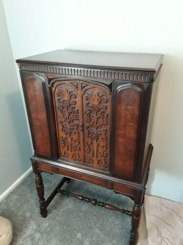 Antique Atwater Kent Radio Adler Royal Cabinet
