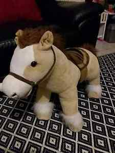 Toy horse with noise and movement. Figtree Wollongong Area Preview