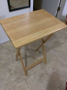 Fold eating table