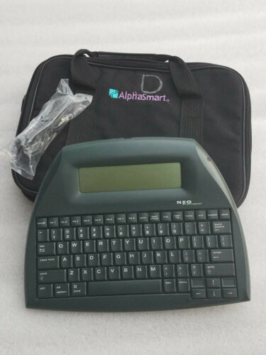 ALPHASMART NEO PORTABLE WORD PROCESSOR IN EXECELLENT CONDITION WITH BAG