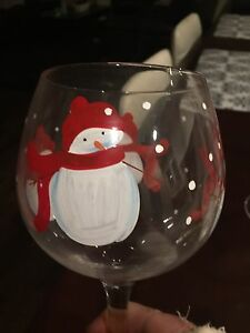 Set of 4/Snowman/Winter/Christmas wine glasses