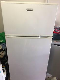 Simpson 520L Fridge/Freezer