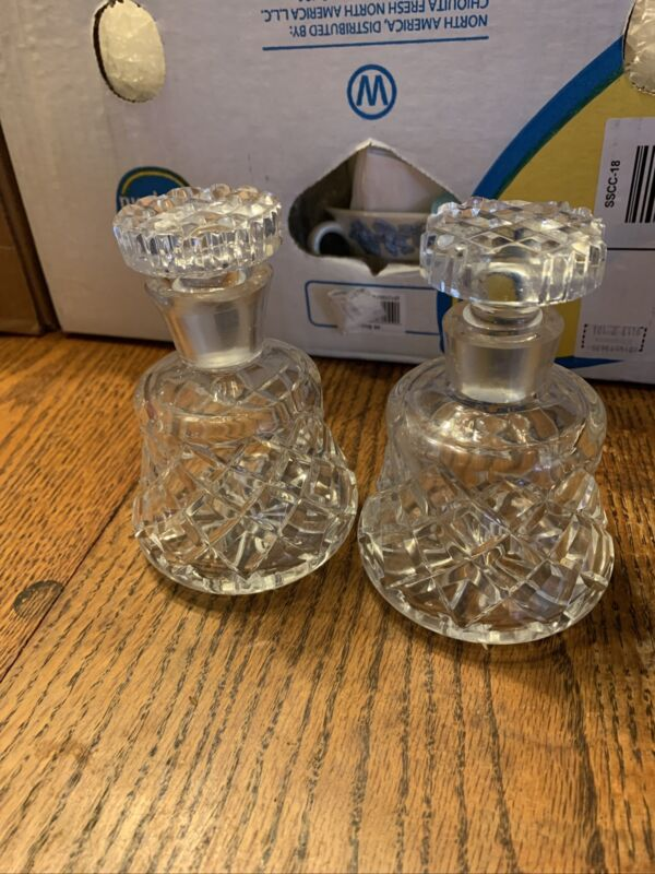 """Amazing Pair Of Small 5"""" Crystal Decanters W/ Relief Criss Cross Diamond Design"""