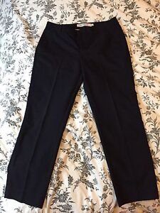 Pantalons marine 7/8e grandeur 6