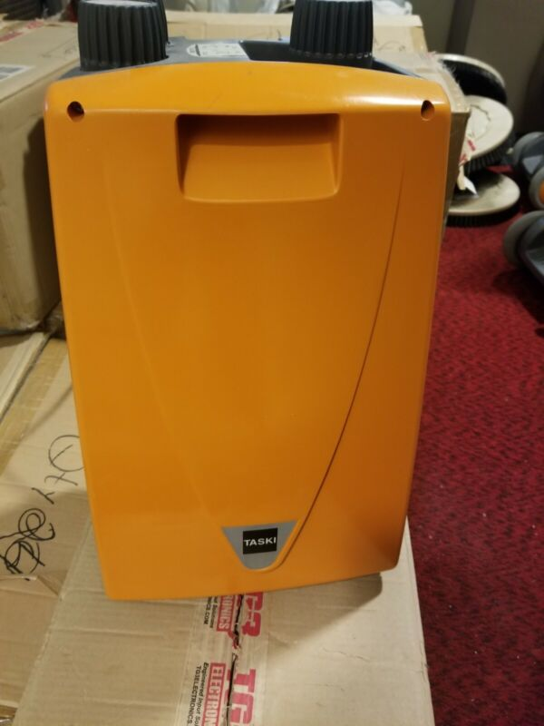 Taski FG2C Foam Generator