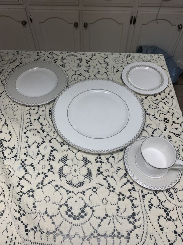 Lenox Quatrefoil Dinner,salad,bread Plate Cup Saucer