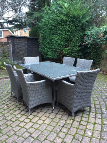 Garden Furniture - 6 seater rattan garden furniture set