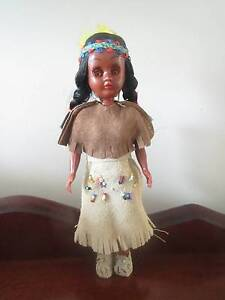 Native American 1960's Souvenir Collectable Doll. Bertram Kwinana Area Preview