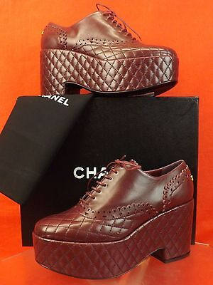 NIB CHANEL BURGUNDY QUILTED LASER CUT LACE UP CC LOGO WEDGE HEEL OXFORDS 38.5
