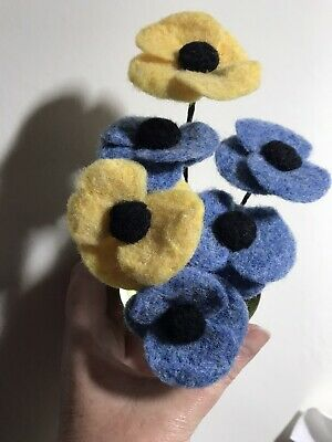 Needle Felted Poppies nhs/carers colours
