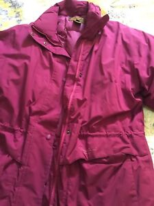 Like new Columbia women's jacket ( large)
