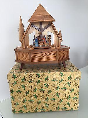 Alte grosse Spieluhr Spieldose Christi Geburt OVP Erzgebirge 824/17