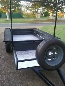 7ft by 4 ft HEAVY DUTY BOX TRAILER, CHECKER PLATE FLOOR, EX.COND. Mount Warren Park Logan Area Preview