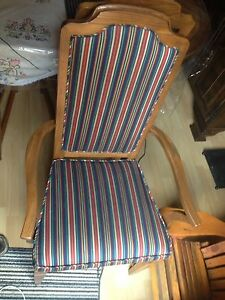 2 beautiful captain chairs London Ontario image 1
