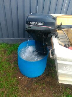 Evinrude 15HP 1997US 2 stroke SELL FOR $750 ONO