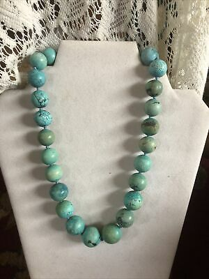 jade and flowers in Czech glass 50 cm Necklace with turquoise spheres