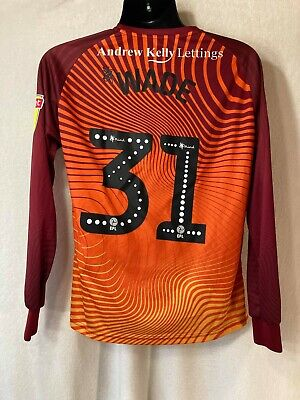 Errea - Rochdale 2019-2020 Match Worn/ Issue Away GK Football Shirt - #31 Wade image