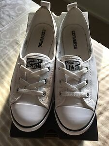 WHITE BALLET CONVERSE SIZE 9 Moorebank Liverpool Area Preview
